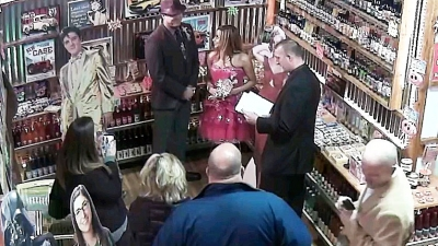 <p>Rocket Fizz Indianapolis hosted a wedding. Elvis was the best man and Marilyn Monroe the maid of honor. They exchanged Ring Pops. The entire Rocket Fizz company wishes the bride and groom a life BLAST-off!</p>