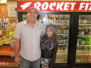 <p>Rocket Fizz franchisee Danni with Snooki at Rocket Fizz Westwood Village.</p>