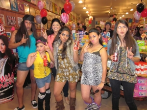 <p>Snooki look-alike contest at Rocket Fizz.</p>