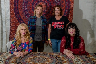 <p>Rocket Fizz Lancaster, CA franchisee Sandy and Rocket Fizz team member Christian with Ann and Nancy Wilson of the rock group Heart.</p>