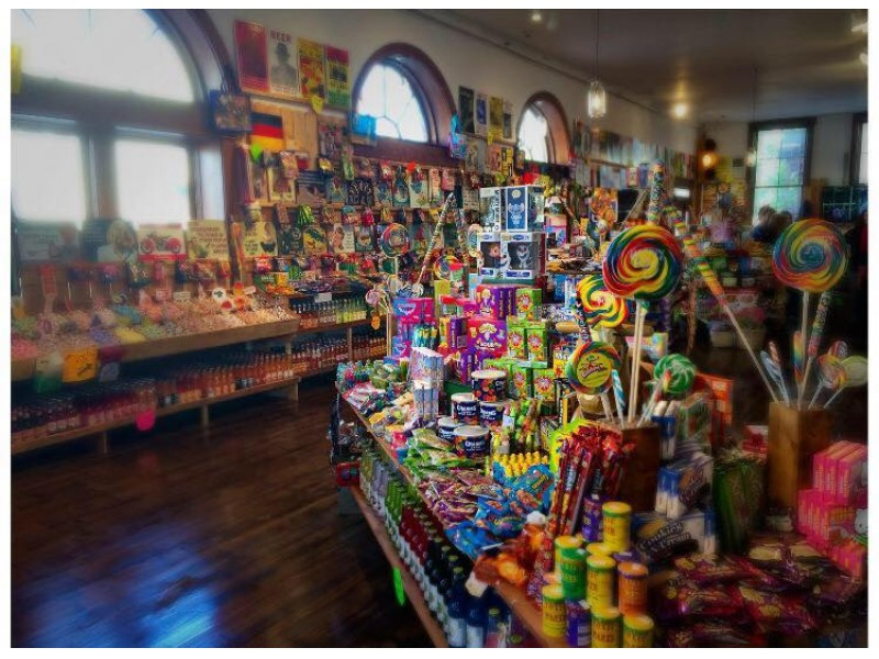 Rocket Fizz Soda Pop & Candy Shop Opens in St. Charles