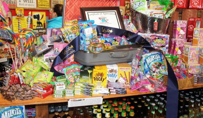 Specialty Soda and Candy Shop Opens in Leesburg