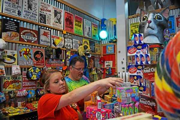 Rocket Fizz opens first Michigan location, throwback concept with glass-bottled sodas and candy