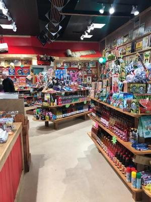 The new Rocket Fizz: Soda Pop and Candy Shop hits downtown Kalamazoo