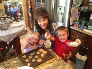 <p>Rocket Fizz family baking</p>